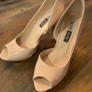 XOXO Bowie nude patent leather high heels 👡
